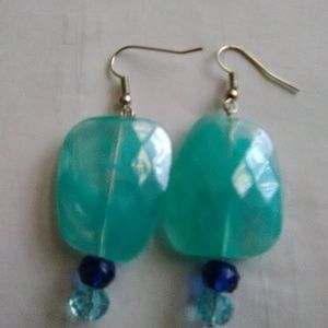 SILVER PLATED GLASS BEAD 1 INCH DANGLING EARRINGS